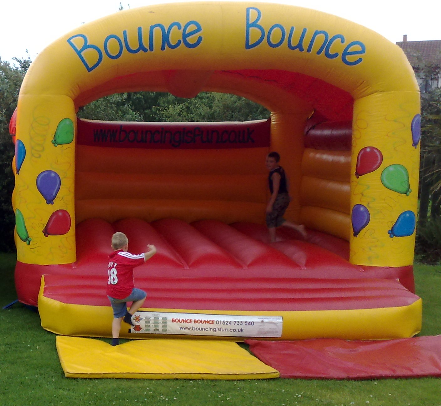Bounce Bounce bouncy castles have a range of inflatables to hire. We have adult castles, Children's castles and Giant garden games.Bouncy castle hire Lancashire, Bouncy castle hire cumbria, Bouncy castle hire north Yorkshire, Bouncy castle hire lancaster, Bouncy castle hire carnforth, Bouncy castle hire Kendal, Bouncy castle hire Windemere, Bouncy castle hire ulverston, Bouncy castle hire kirby lonsdale, Cumbria  bouncy castels, lancashire  bouncy castels, North yorkshire  bouncy castels, lancaster bouncy castels, carnforth  bouncy castels, kendal bouncy castels, windemere bouncy castels, ulverston bouncy castels, kirby lonsdale bouncy castels, castle Hire cumbria, castle Hire lancashire, castle Hire northyorkshire, castle Hire lancaster, castle Hire carnforth, castle Hire kendal, castle Hire windemere, castle Hire ulverston, castle Hire kirby lonsdale, inflatable hire cumbria, inflatable hire lancashire, inflatable hire northyorkshire, inflatable hire lancaster, inflatable hire carnforth, inflatable hire kendal, inflatable hire windemere, inflatable hire ulverston, inflatable hire kirby lonsdale, bounce bounce bouncy castles, Bouncy castle hire, bounce bounce, bouncy castles, childrens entertainment, inflateable hire,